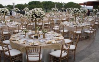 gold chiavari chair in toronto